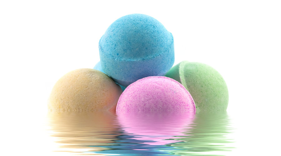 Why Everyone Needs to Try a Bath Bomb